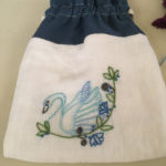 白鳥の刺繍